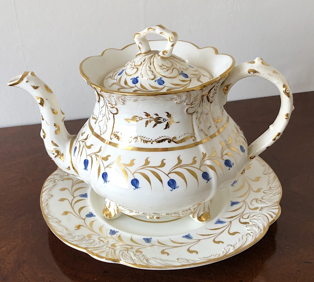 Fine Rockingham Bluebell Patern Teapot & Stand c1831
